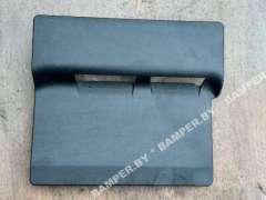 Крышка аккумулятора Mercedes GLS X166 A1666800218